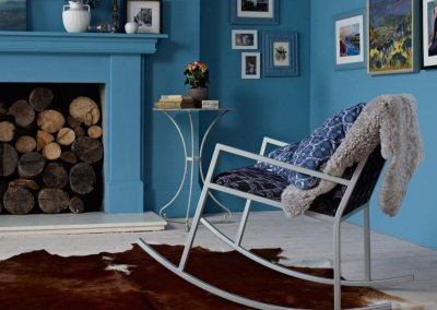 Create cohesion with blue shades